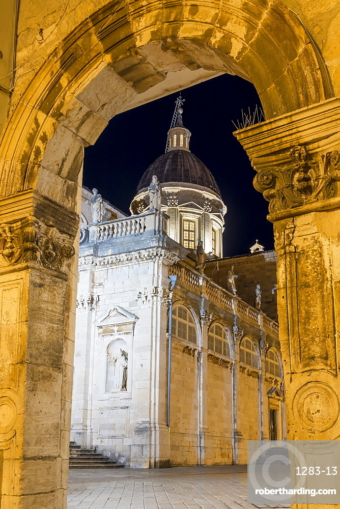 The lluminated cathedral of Dubrovnik (Marijina Uznesenja) at night, Dubrovnik, Croatia, Europe