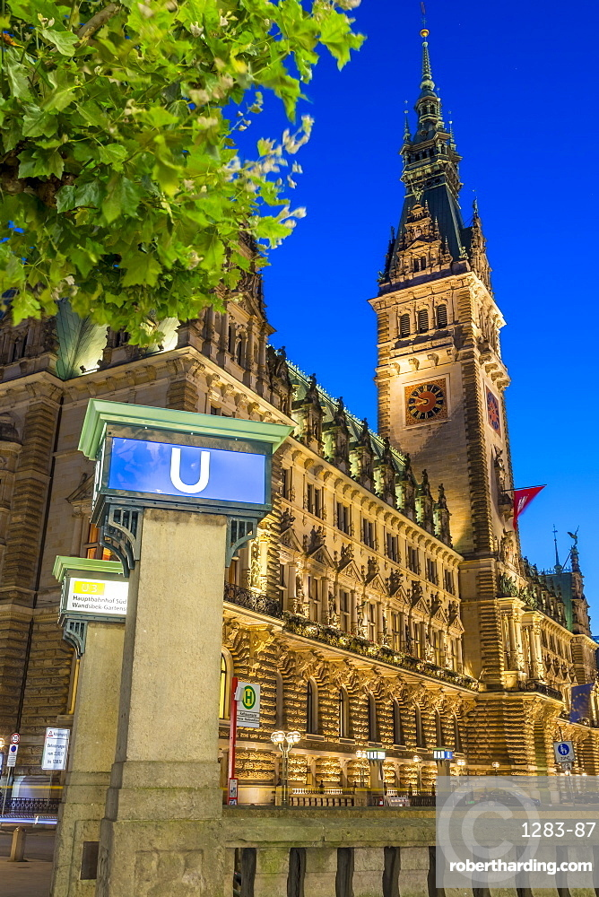 The illuminated town hall at dusk, Hamburg, Germany, Europe