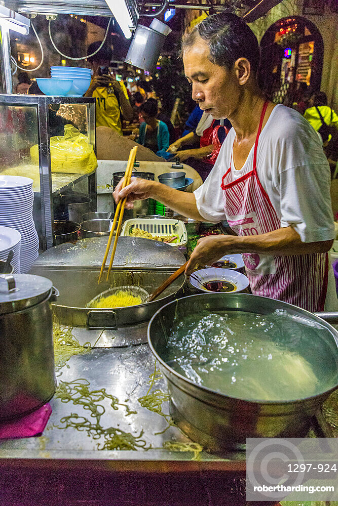 Chulia Street night food market in George Town, a UNESCO World Heritage site, Penang Island, Malaysia, Southeast Asia, Asia.