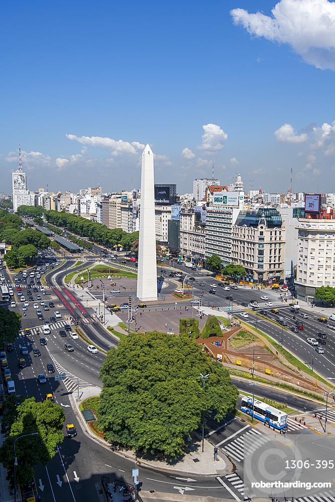 The Obelisco on 9 de Julio Avenue, Buenos Aires, Argentina, South America