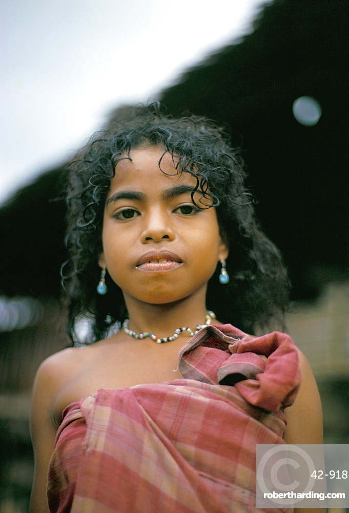 Portrait of a Hua Ulu girl, Seram, Moluccas, Indonesia, Southeast Asia, Asia
