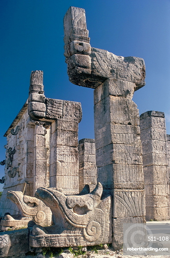 Quetzalcoatl serpent-god, Temple of the Warriors, Maya-Toltec site, Chichen-Itza, UNESCO World Heritage Site, Yucatan, Mexico, North America