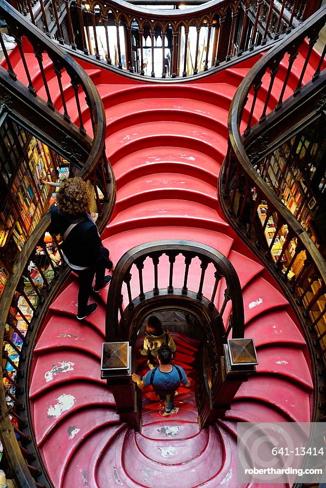 Stairs, Livraria Lello bookshop built in 1881, Porto (Oporto), Portugal, Europe