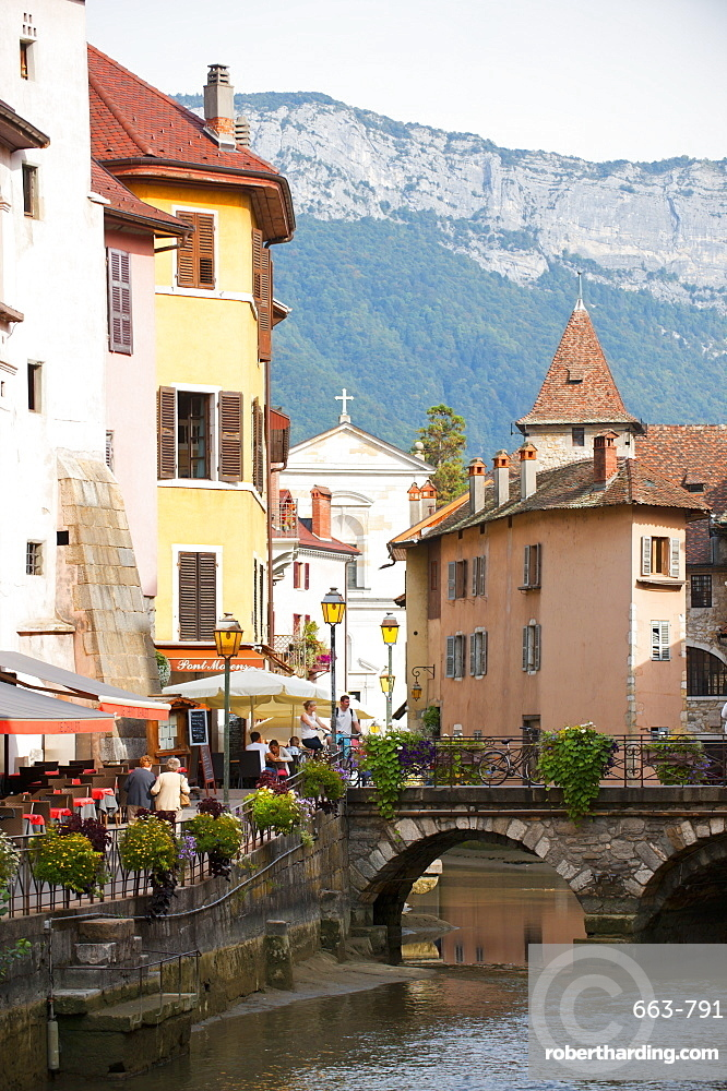 A view of the canal in the old town of Annecy, Haute-Savoie, France, Europe