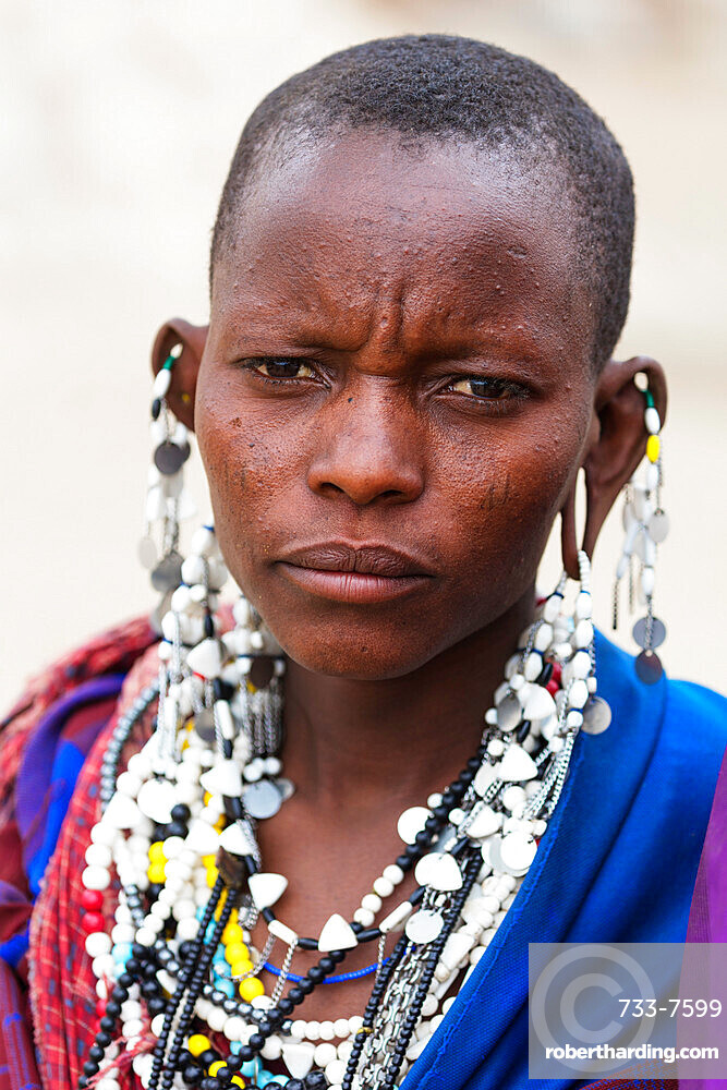 Masai tribe woman with decorated jewellery, Serengeti National Park, UNESCO World Heritage Site, Tanzania, East Africa, Africa