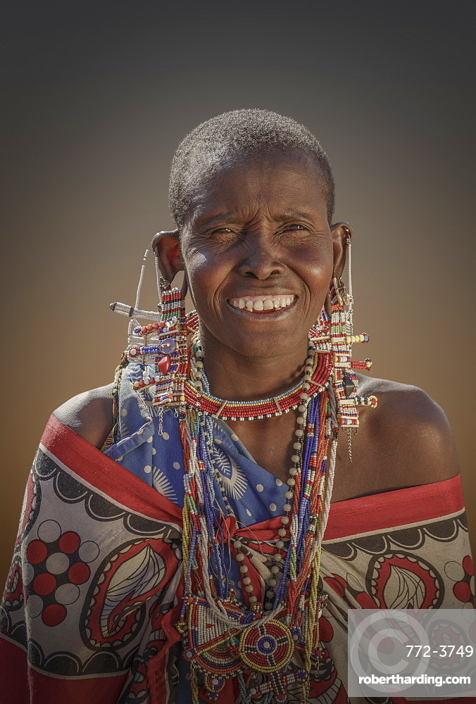 Masai woman in Amboseli National Park, Kenya, East Africa, Africa