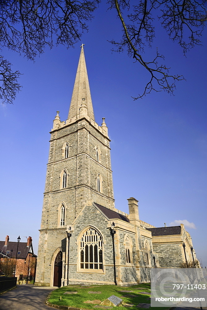 Ireland, North, Derry, St Columb's Cathedral, View of facade and spire.