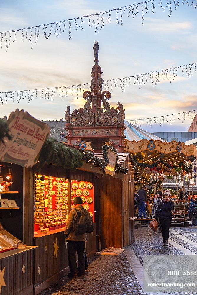 Christmas Market, Mainz, Rhineland-Palatinate, Germany