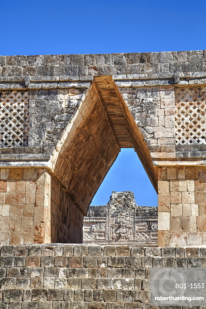 Corbelled arch, Nuns Quadrangle, Uxmal, Mayan archaeological site, UNESCO World Heritage Site, Yucatan, Mexico, North America