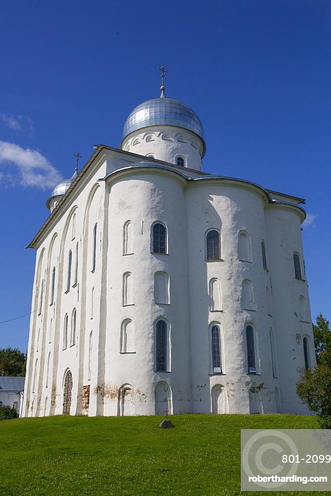 St. George Cathedral, Yuriev Monastery, UNESCO World Heritage Site, Veliky Novgorod, Novgorod Oblast, Russia, Europe