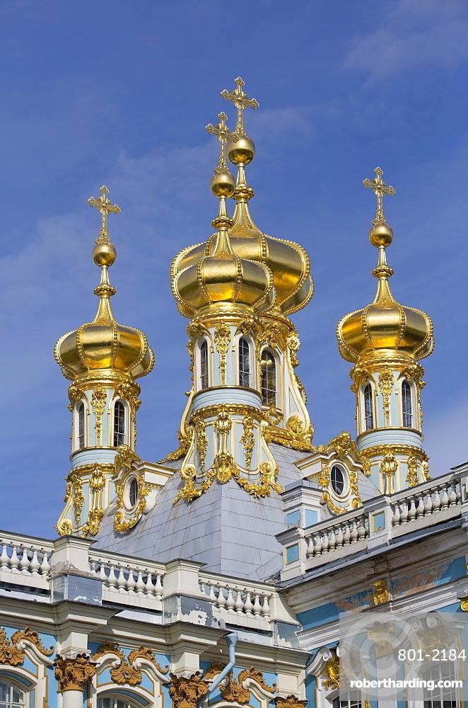 Domes of the Palace Church, Catherine Palace, Tsarskoe Selo, Pushkin, UNESCO World Heritage Site, Russia, Europe