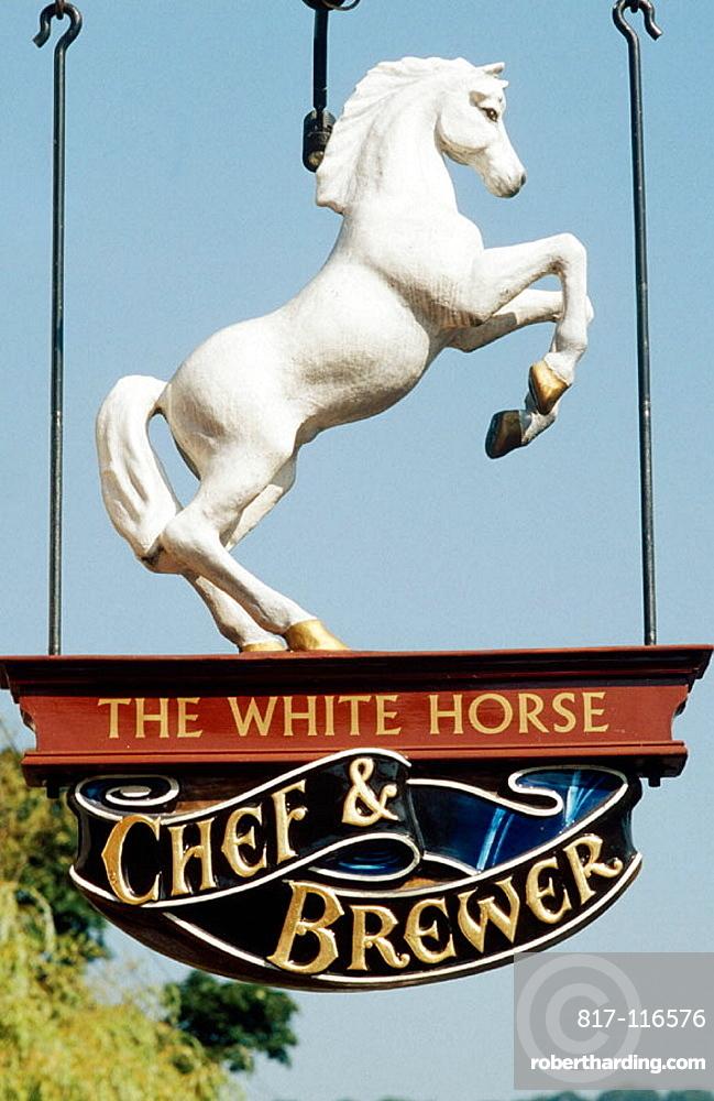 'The white Horse' Pub, Shere, Surrey, England