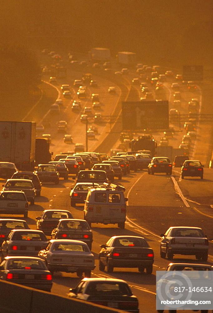 Rush hour traffic Atlanta Georgia causes air pollution