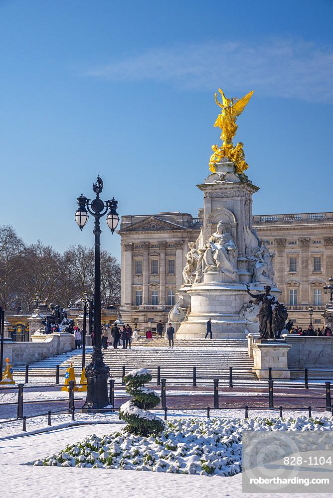 Buckingham Palace under snow, London, England, United Kingdom, Europe