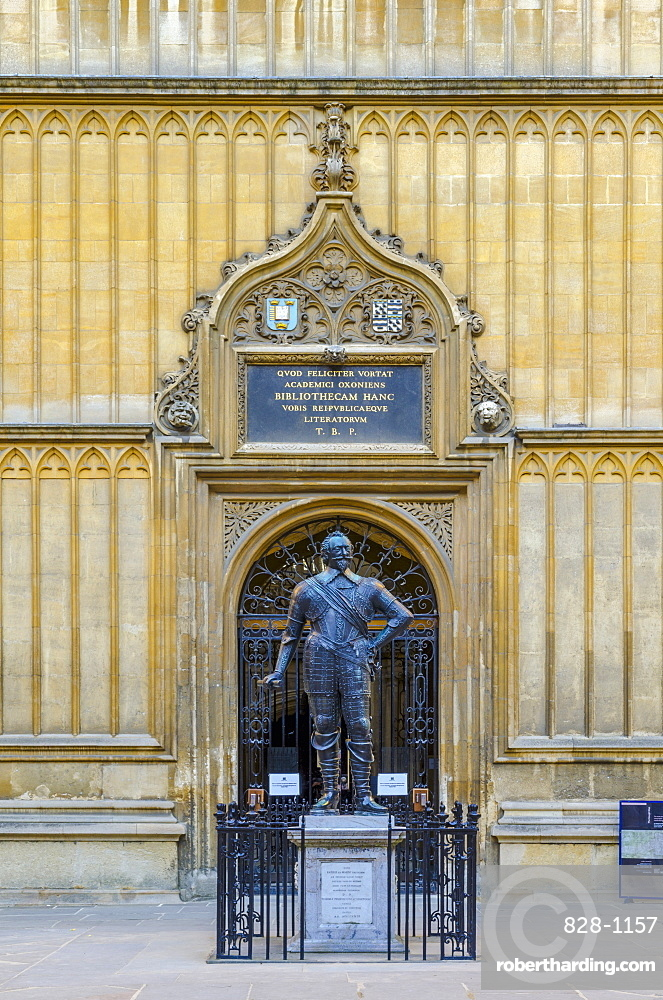 Bodleian Library, William Herbert, 3rd Earl of Pembroke statue, University of Oxford, Oxford, Oxfordshire, England, United Kingdom, Europe