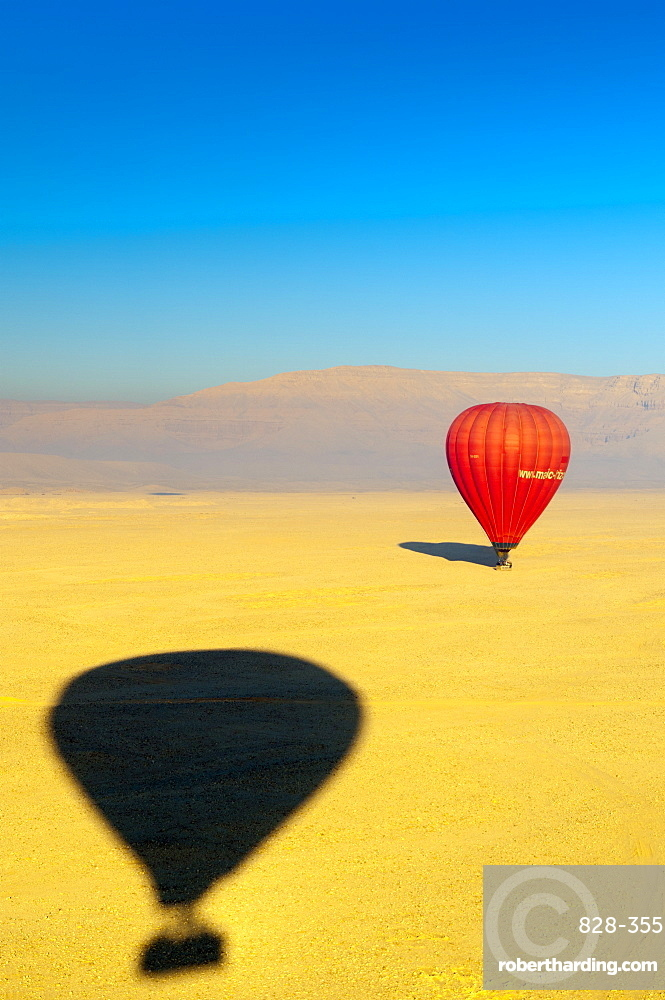Ballooning over the Valley of the Kings, Thebes, Egypt, North Africa, Africa