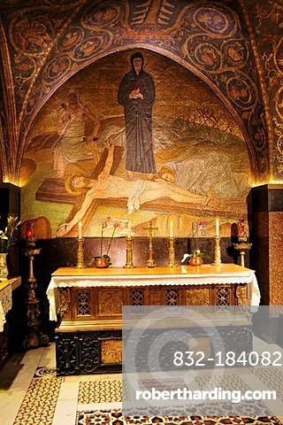 Altar next to the Golgotha, the place where Christ supposedly died on the Cross, Church of the Holy Sepulchre, Jerusalem, Israel, Middle East, Orient