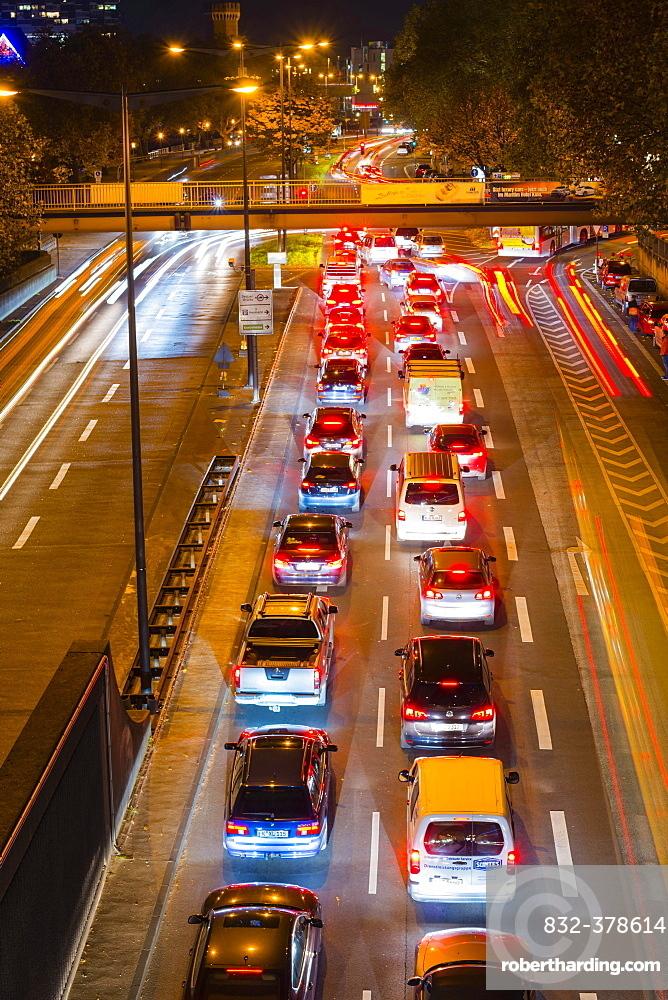 Rush hour, Rheinuferstrasse, Cologne, North Rhine-Westphalia, Germany, Europe