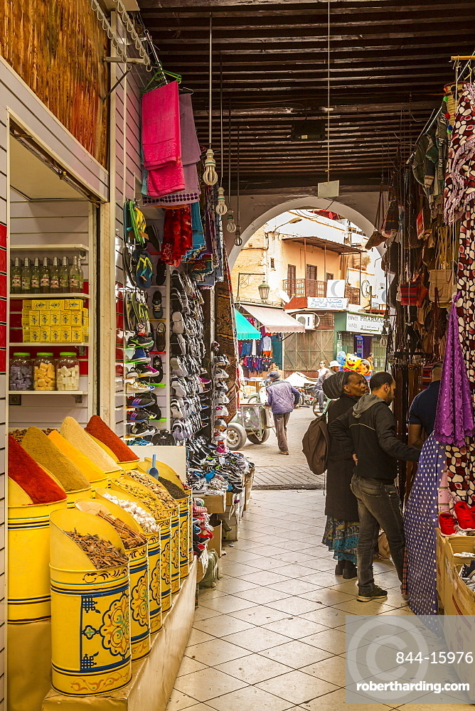 Spice Market, Souk, Mellah (Old Jewish Quarter), Marrakesh (Marrakech), Morocco, North Africa, Africa