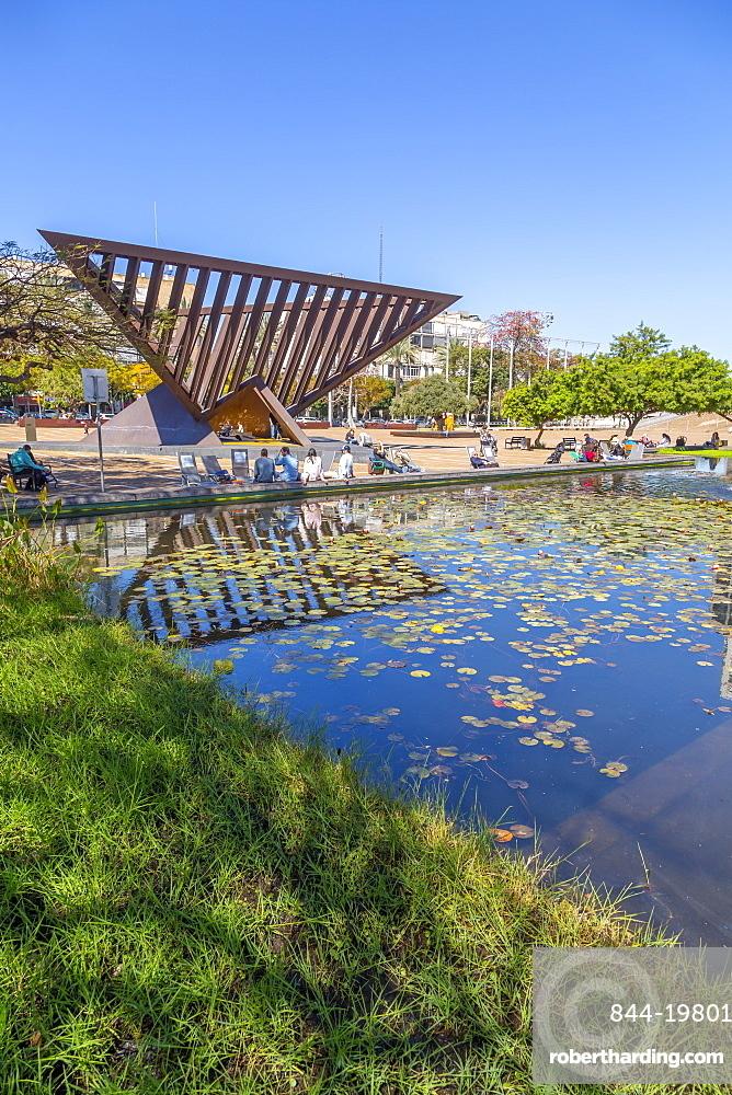 View of Rabin Square pond, Tel Aviv, Israel, Middle East
