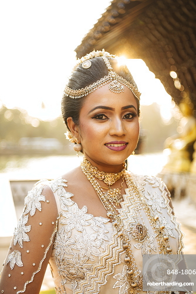 Portrait of Bride, Seema Malakaya Temple, Colombo, Western Province, Sri Lanka, Asia