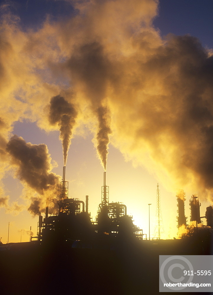 Pollution from a petrochemical plant on Teeside, England, United Kingdom, Europe