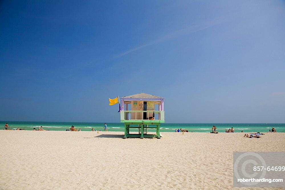 Lifeguard station looking over the Atlantic Ocean on South Beach Miami, Florida, USA