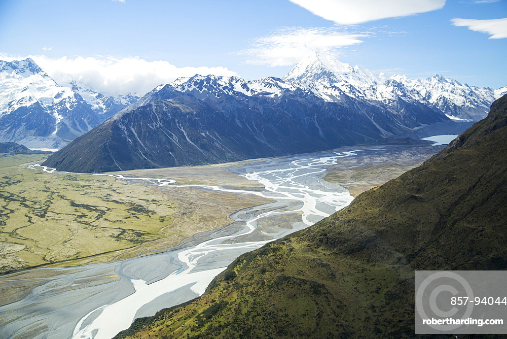 A View Of Mount Cook National Park In New Zealand