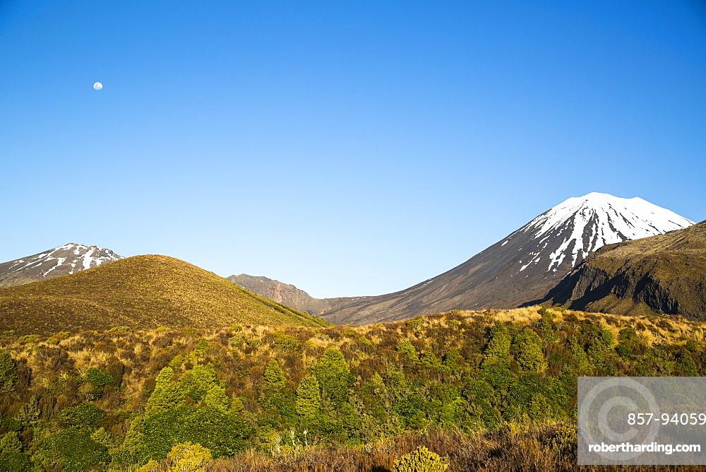 Scenic View Of Tongariro Alpine Crossing, North Island, New Zealand