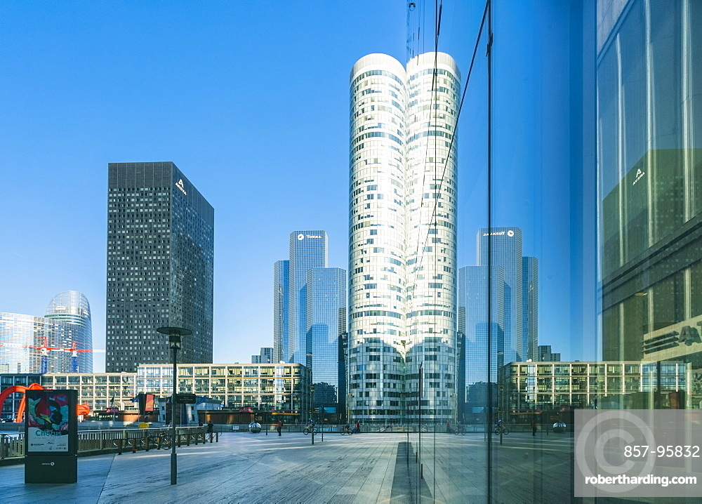 Modern architecture and towers, skyscrapers in La Defense. La Defense is a major business district, three kilometers west of the city limits of Paris, France