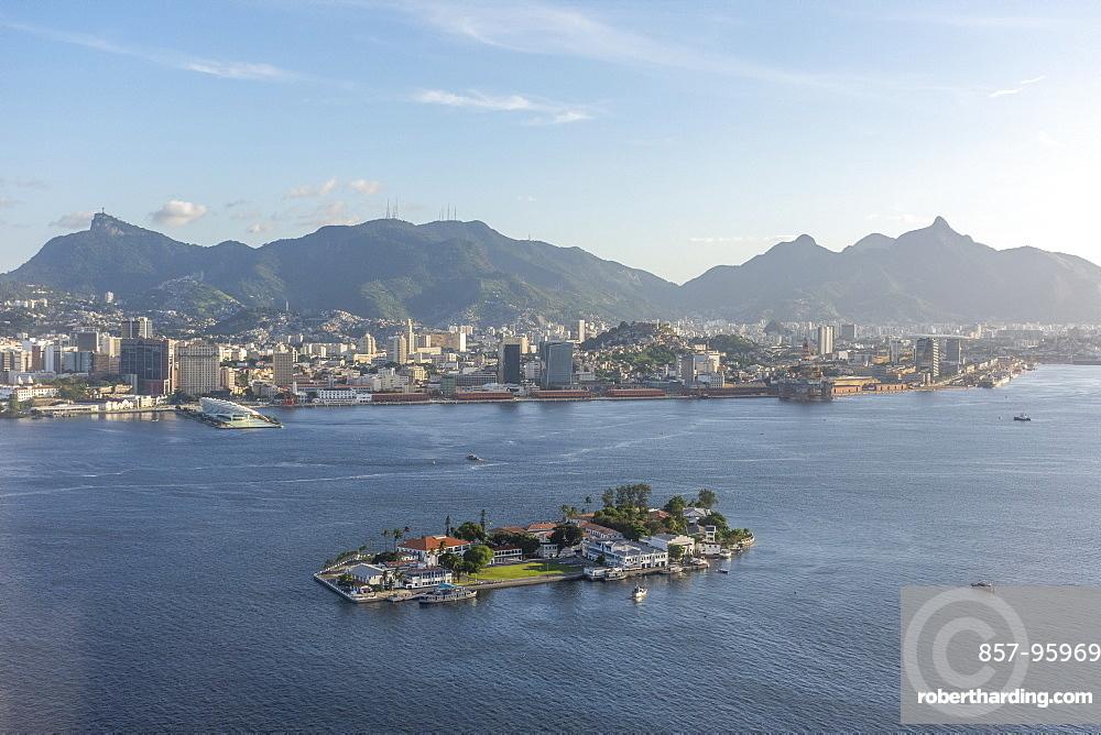 Aerial view of Guanabara Bay island with coastal city and mountains in background, Rio de Janeiro, Rio de Janeiro, Brazil