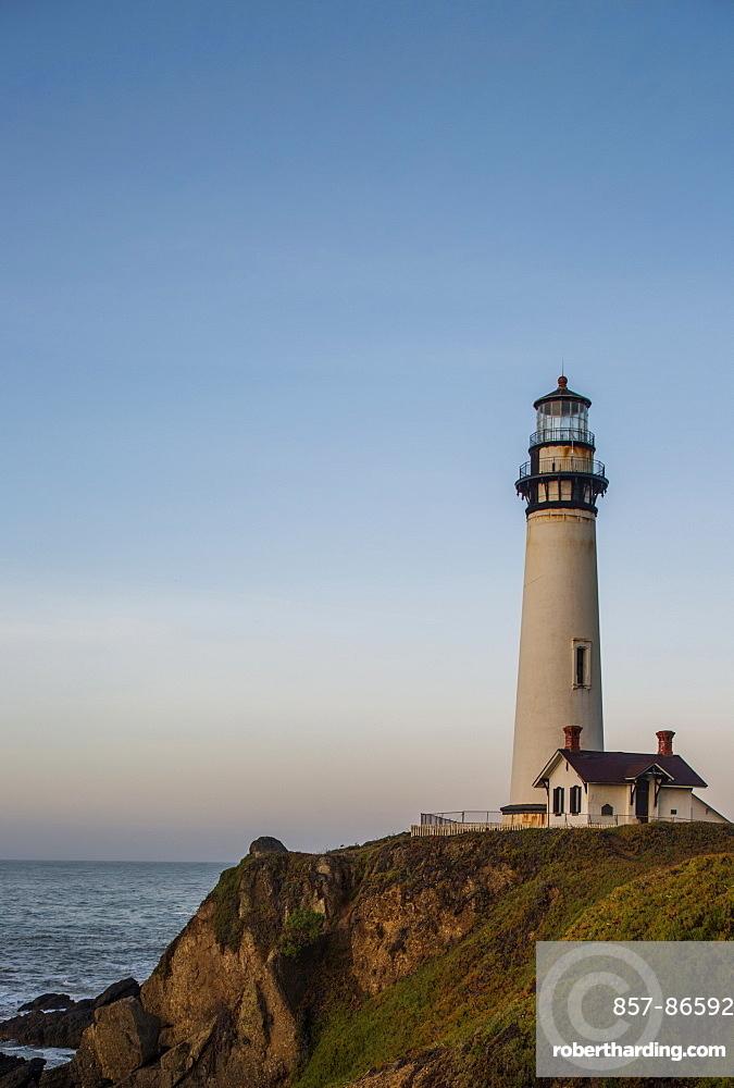 The Pigeon Point Lighthouse near Pescadero, California on a sunny day, Pescadero, California, USA