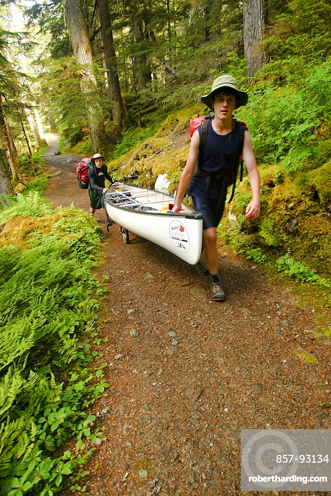 Boy Scouts canoeing on the Bowron Lakes circuit. Bowron Lakes Provincial Park. Quesnel, British Columbia