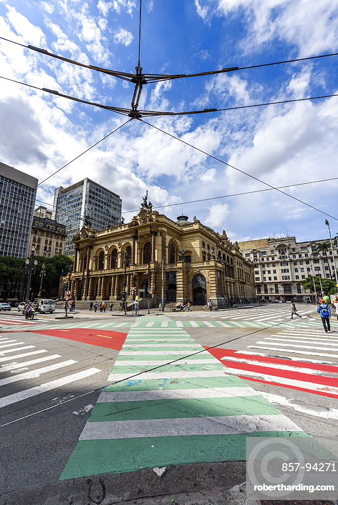 Teatro Municipal (Municipal Theater) in the historic downtown of São Paulo, Brazil