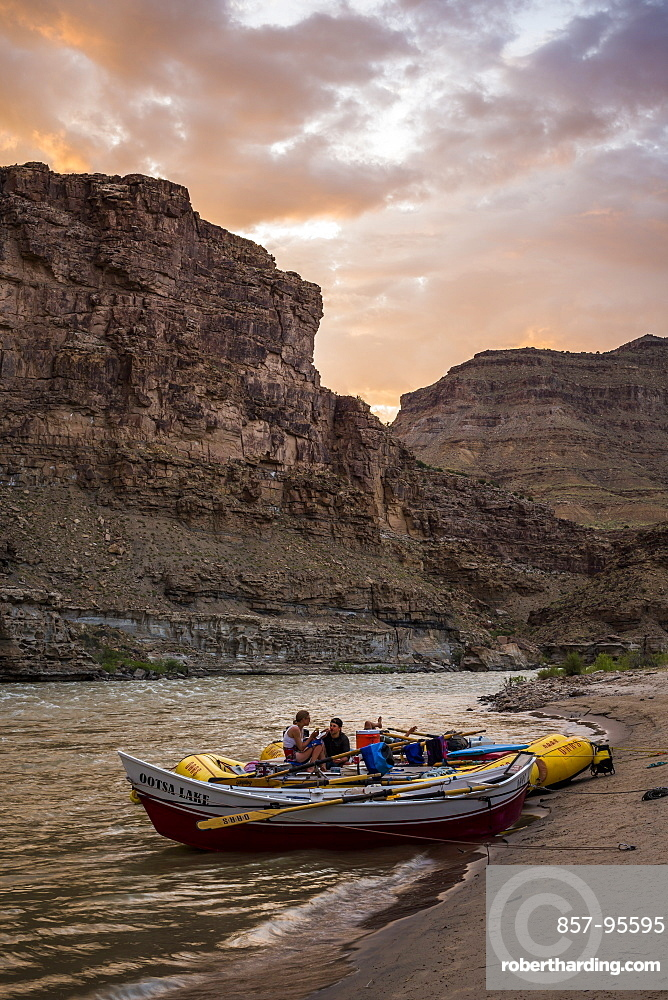 Inflatable rafts at scenic sunset, Desolation/Gray Canyon section, Utah, USA