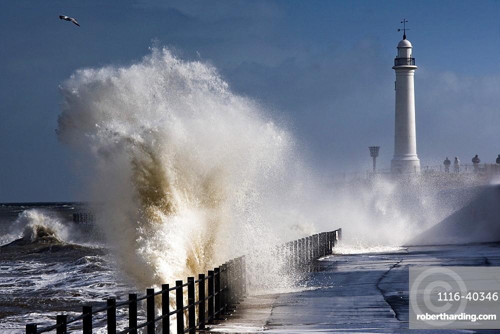 Waves Crashing By Lighthouse At Sunderland, Tyne And Wear, England, United Kindgom