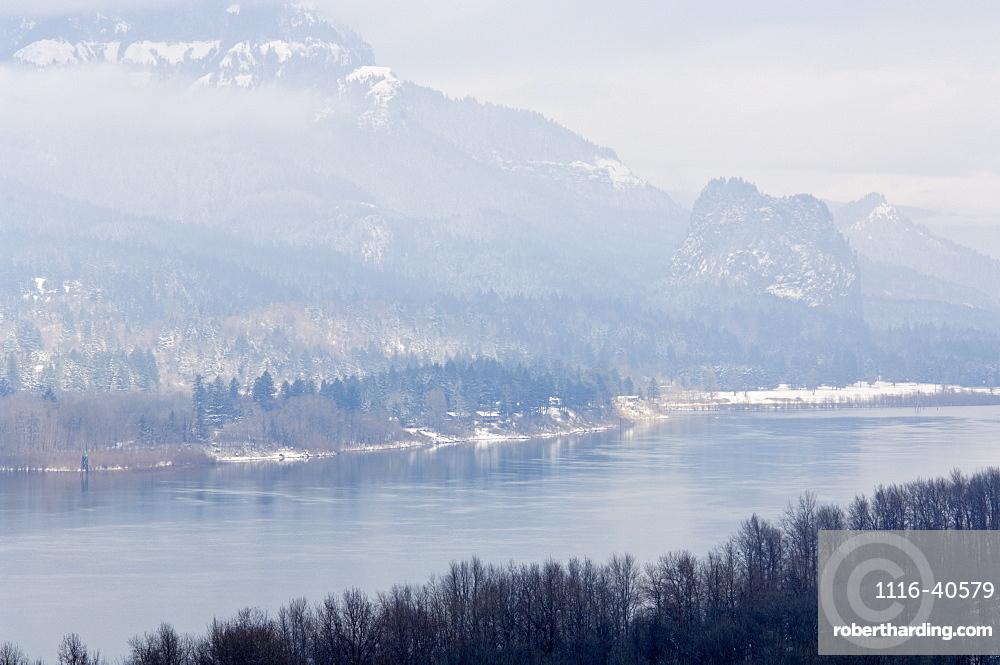 Columbia River Gorge In Winter, Oregon, Usa