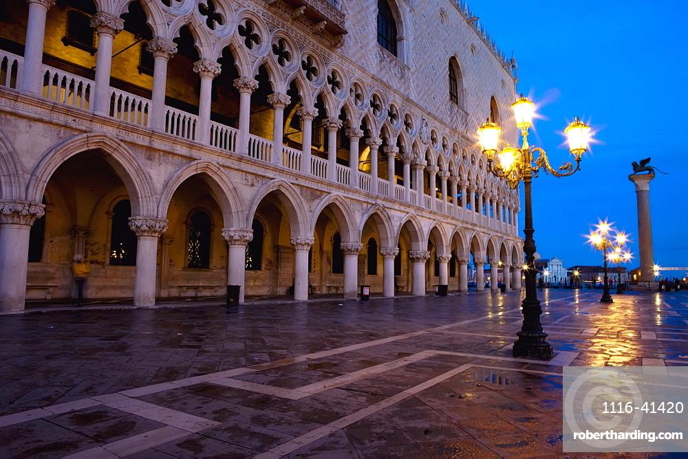 A Street Light Illuminated At Night In Front Of A Building, Venice, Venezia, Italy