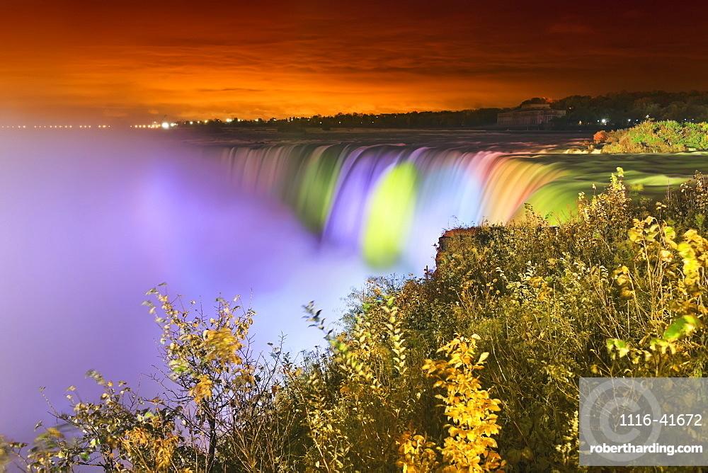 Horseshoe falls lit up at night, Niagara falls ontario canada