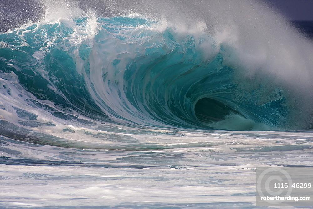Island Wave On Oahu's North Shore, Oahu, Hawaii, United States Of America