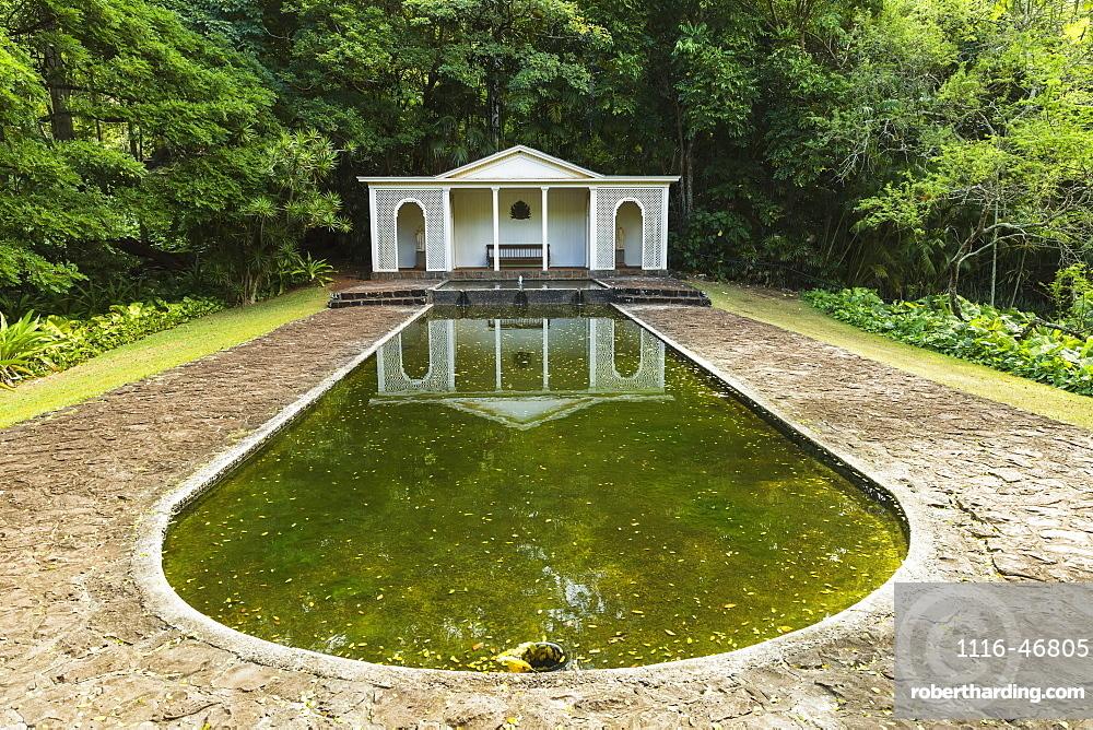 Diana's Room In Allerton Garden, Part Of National Botanical Garden Near Poipu, Kauai, Hawaii, United States Of America