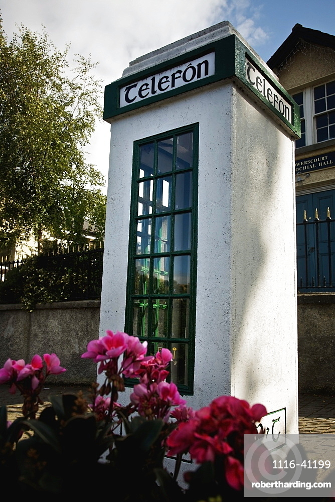 A Telephone Booth With A Sign 'telefon'