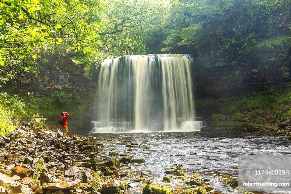 Sgwd yr Eira Waterfall and river, Brecon Beacons National Park, Brecon Beacons, Wales, United Kingdom