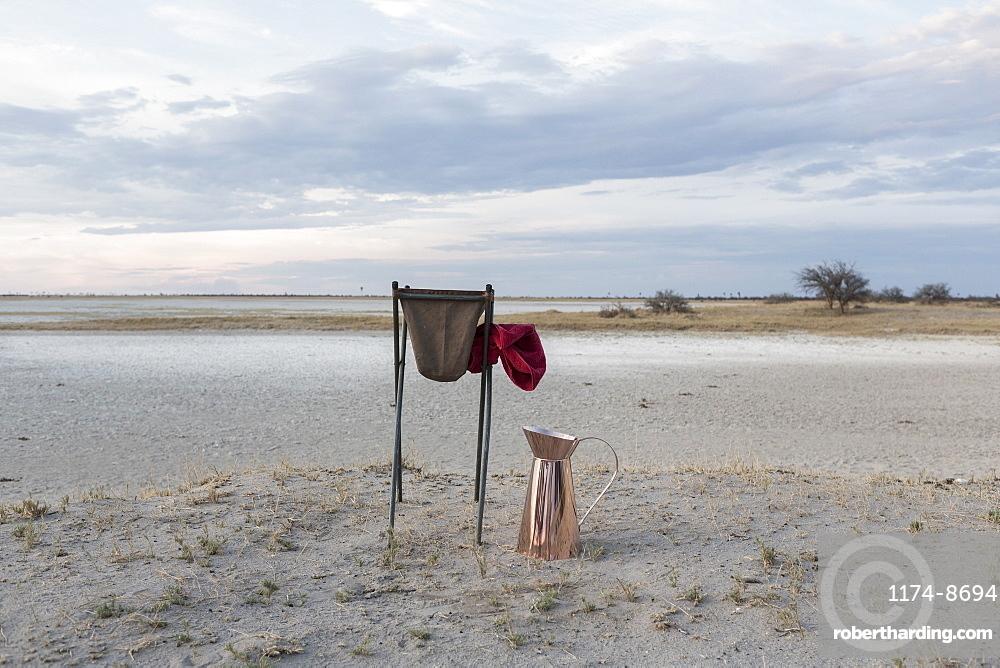 wash basin, Kalahari Desert, Makgadikgadi Salt Pans, Botswana