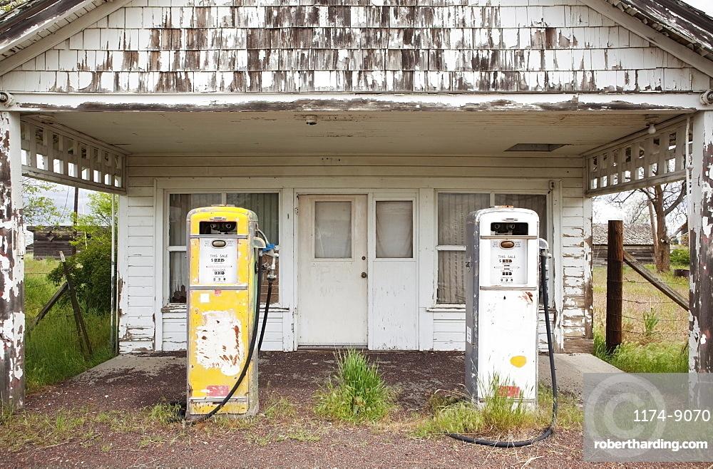 Old Gas Pumps, Kent, Oregon, United States