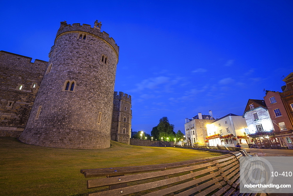 Windosr Castle at dusk, Windsor, Berkshire, England, United Kingdom, Europe