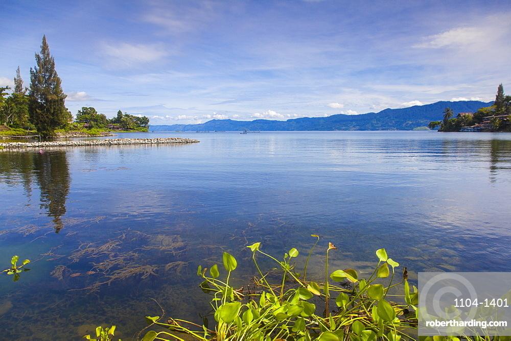 Tuk Tuk, Lake Toba, Samosir Island, Sumatra, Indonesia, Southeast Asia, Asia