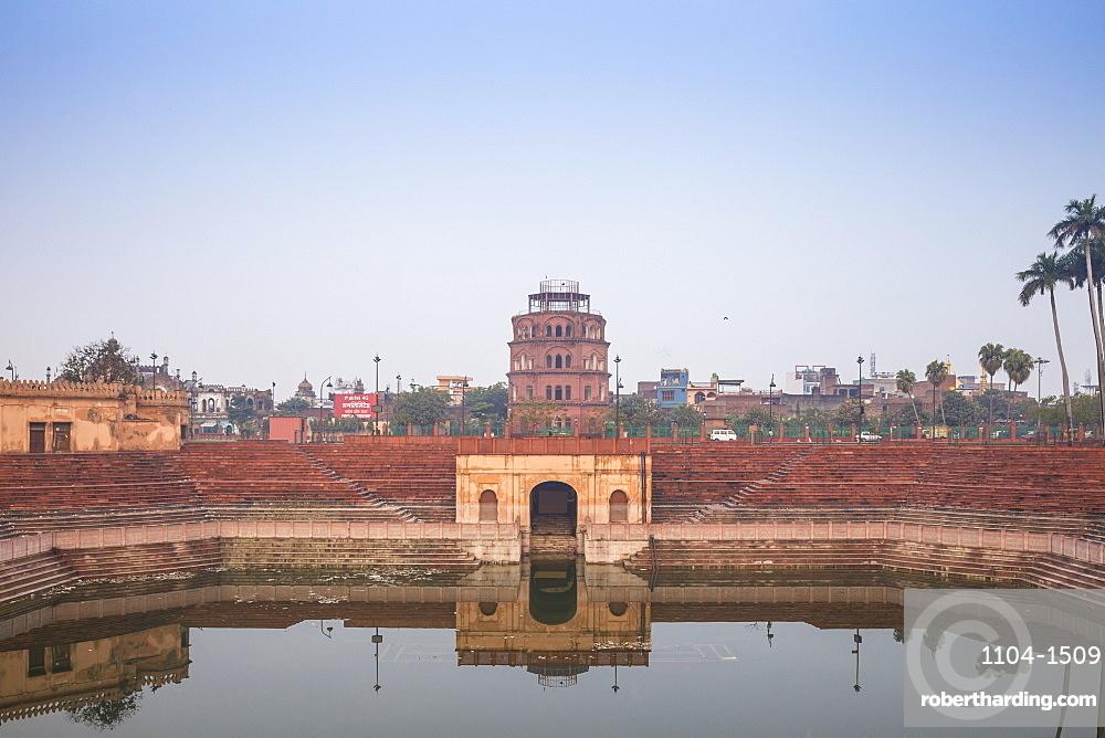 India, Uttar Pradesh, Lucknow, Hussainabad pond and Satkhanda watchtower
