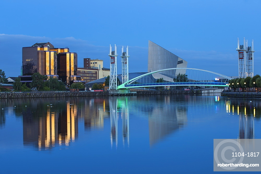 The Lowry footbridge and Imperial War Museum North, Salford Quays, Salford, Manchester, England, United Kingdom, Europe