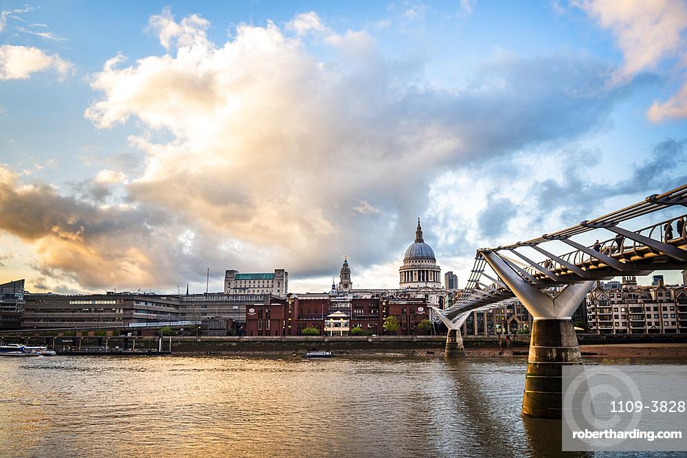 St. Pauls Cathedral at sunset, City of London, London, England, United Kingdom, Europe